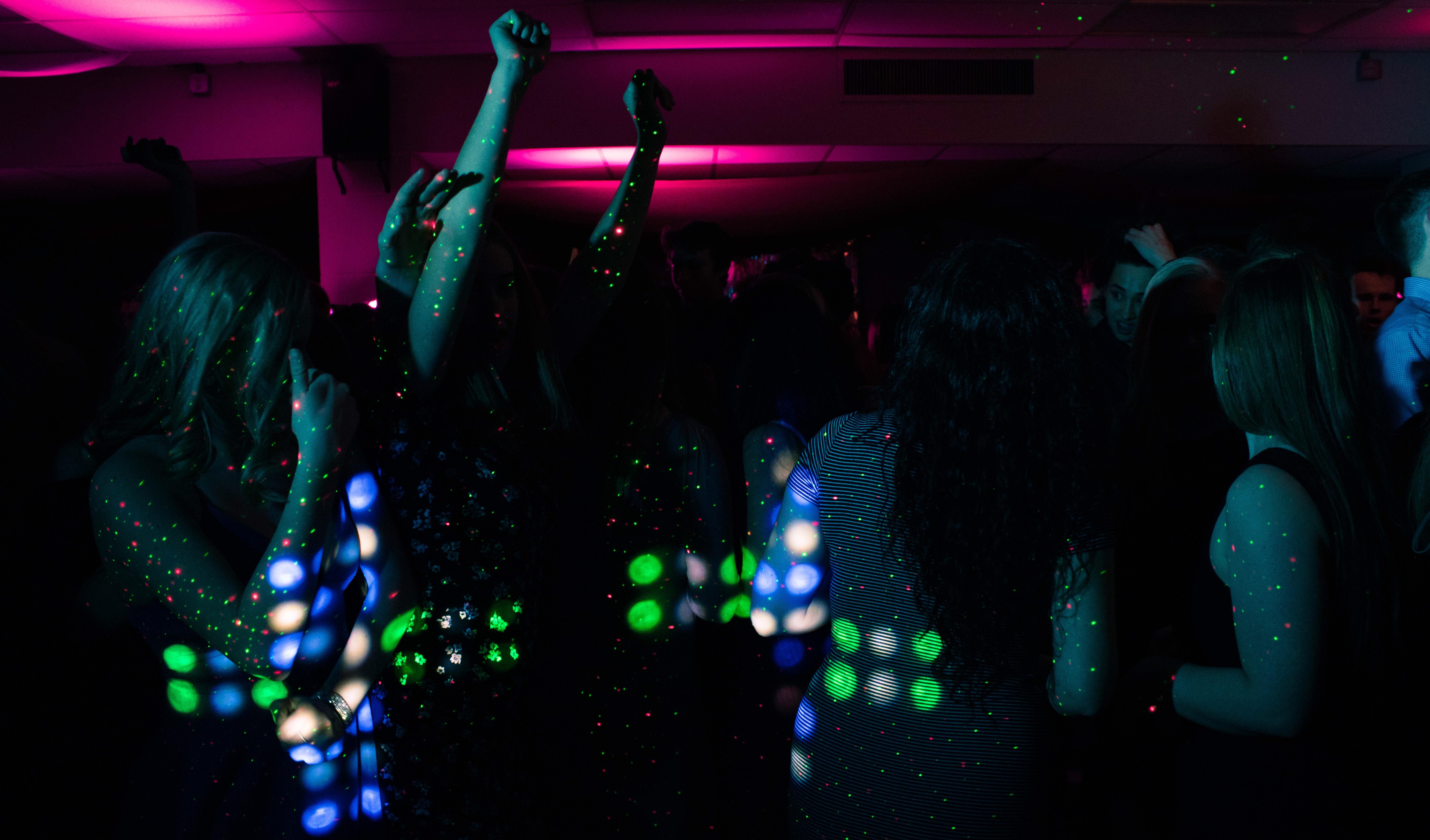 Dans på fest